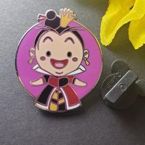 $6 🍁 Disney Queen of Hearts pin